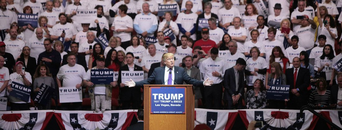 Donald_Trump_with_supporters_(24949524510)_EDIT