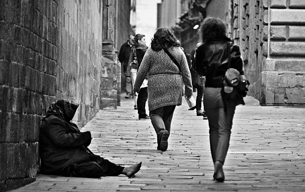 poverty-1274179_1920-EDIT