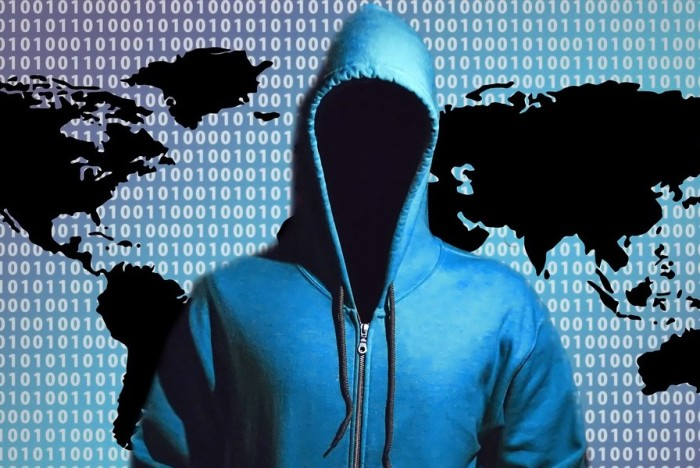 hacker-1446193_1280-edit